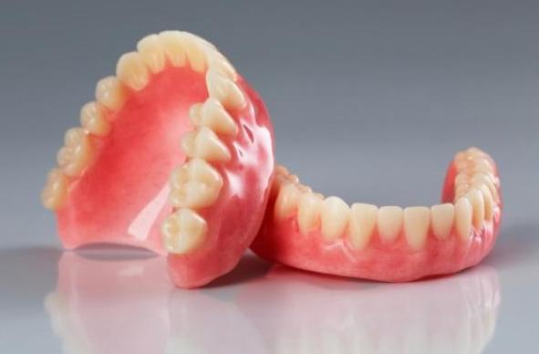 нейлоновые зубные протезы отзывы